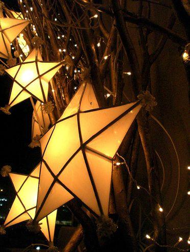 'Parol' - the Traditional Philippine Christmas lantern