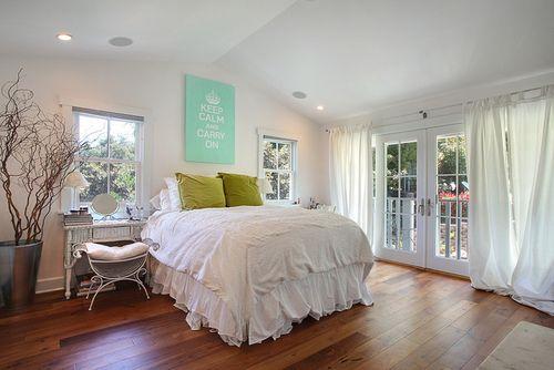 I love tall plush beds
