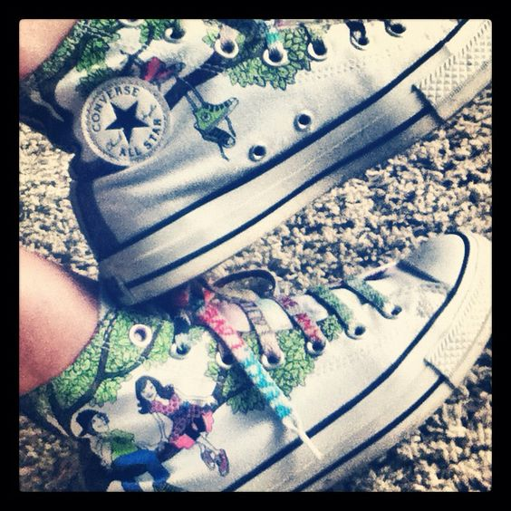 My converse <3