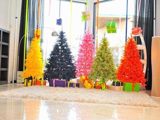 Crazy-Colored #Christmas Trees (http://blog.hgtv.com/design/2013/11/08/daily-delight-crazy-colored-christmas-trees/?soc=pinterest)
