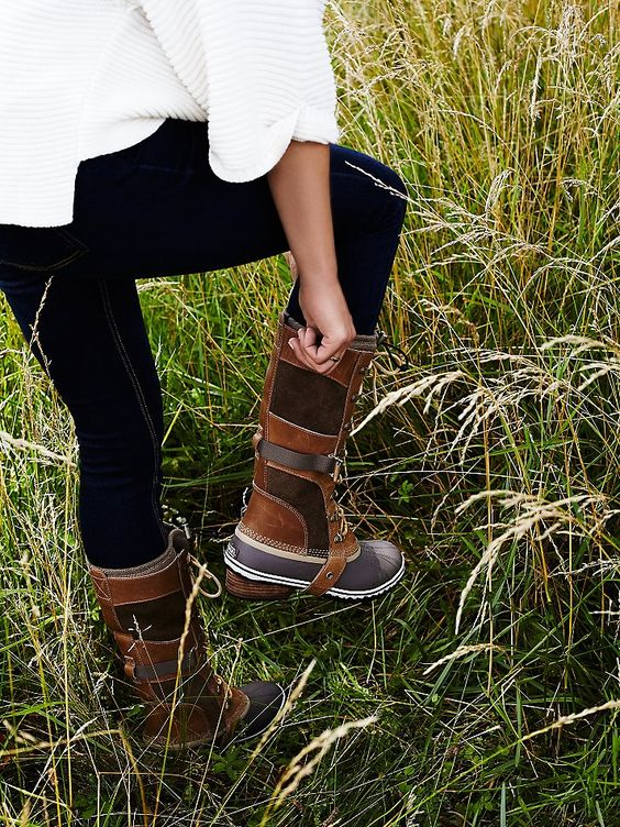 The perfect boot for fall: Sorel Conquest Carly Weather Boot at Free People Clothing Boutique