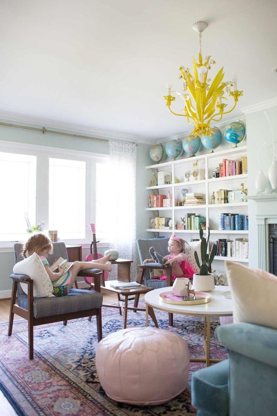 50 Stunning Family Friendly Living Room Ideas