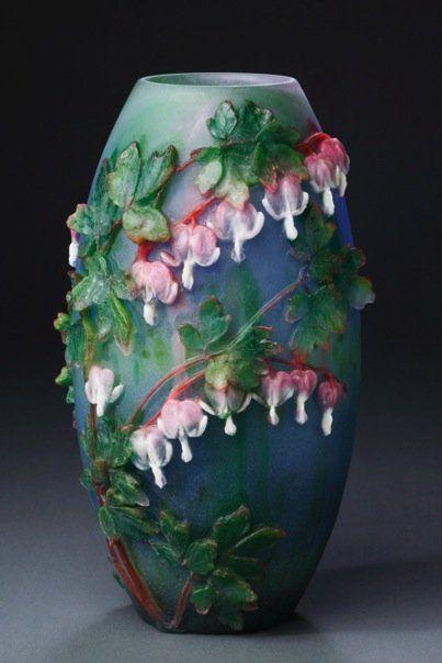 Higuchi made this wonderful pate de verre vase in 2009.
