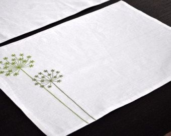 Chemin de Table floral chemin de Table lin lin brodé par KainKain