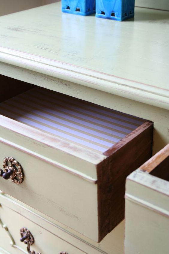 El bazar VINTAGE + CHIC: lámparas, muebles y objetos decorativos 100% vintage!: Cómoda con espejo antigua · Ref. 8194 · Old chest-of-drawers with mirror
