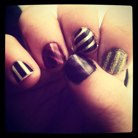 """Striped Nails Version 2.0! Pinky Finger Is A """"gold By"""