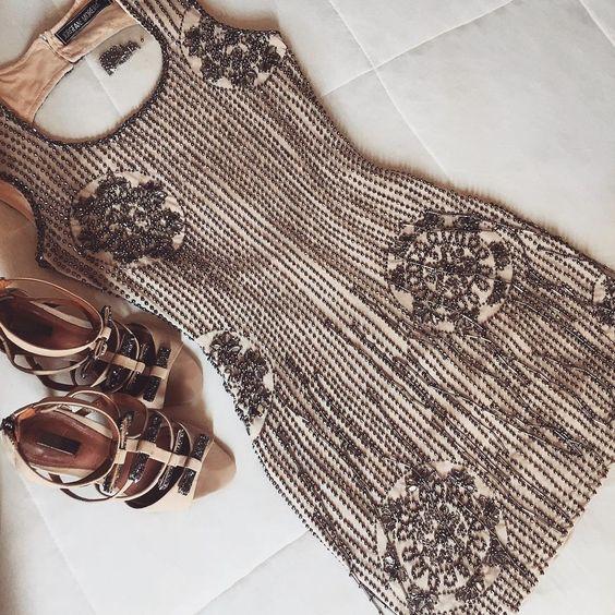 Dress #jorgeanemoreira ✨ ••• Informações e vendas pelo whats: (34) 9905-3628