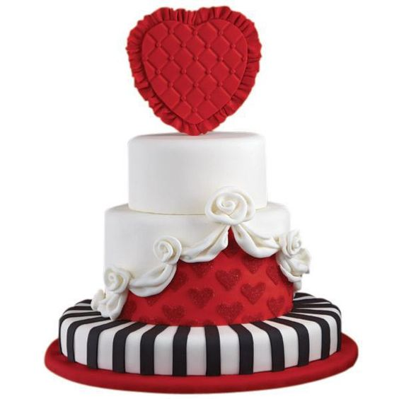 big red heart valentines day cake
