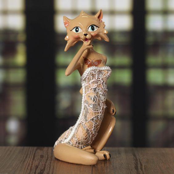 Cheap 13.5cm wholesale Creative Gift resin ornaments artificial crafts beautiful small fox home hotel decor statue table bookshelf , Compro Qualità Mestieri della resina direttamente da fornitori della Cina: