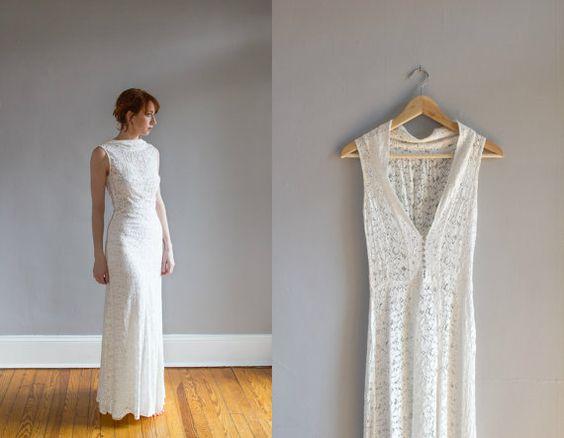 Seltene 30er Jahre Art Deco Spitze Brautkleid mit passenden Spitzen Bolerojacke. Figur, umarmt Voreingenommenheit Kontur, drapieren