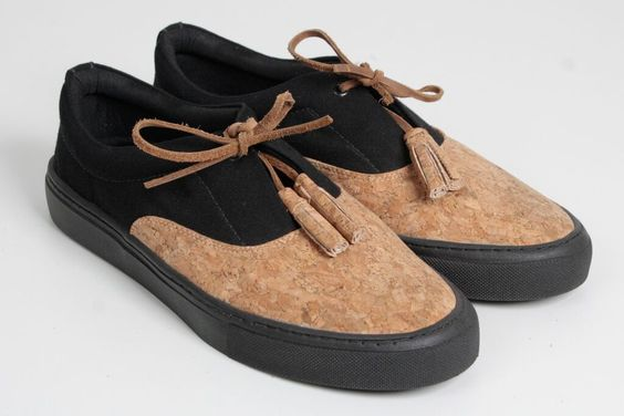 Sneaker - A Mulher do Padre