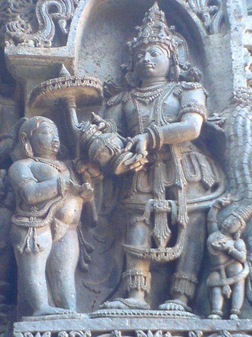 vamana avatar -Vamana Avatar of Vishnu begging for 3 paces of land from Asura King Bali: