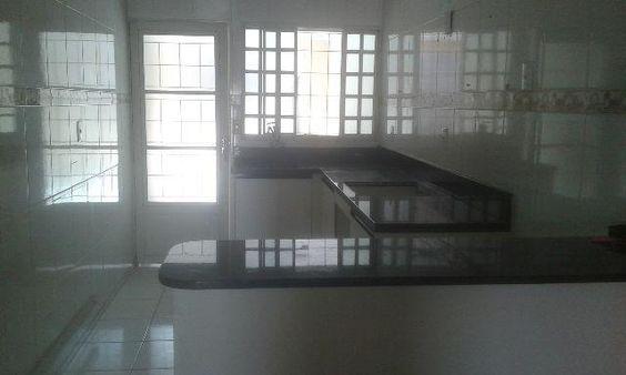 Agio dessa linda casa,Valparaíso 1.com armários,3 quartos c suite.fora d condomínio