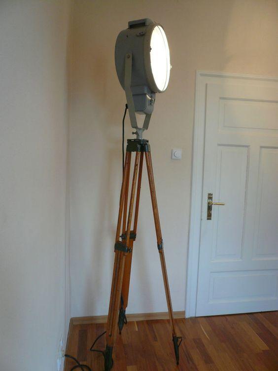 TRIPOD INDUSTRIE Design Lampe - Loft Holz Alt Scheinwerfer Retro AKA Stehlampe | eBay
