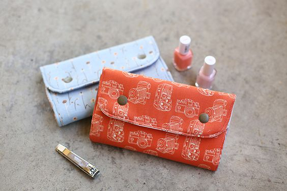 Snappy Manicure Wallets for teachers!