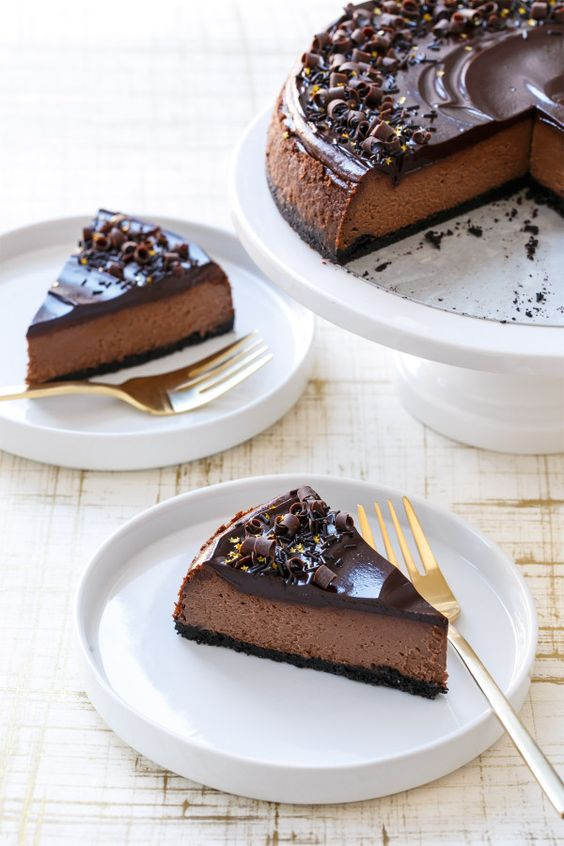 Chocolate cheesecake, Cheesecake and Triple chocolate ...
