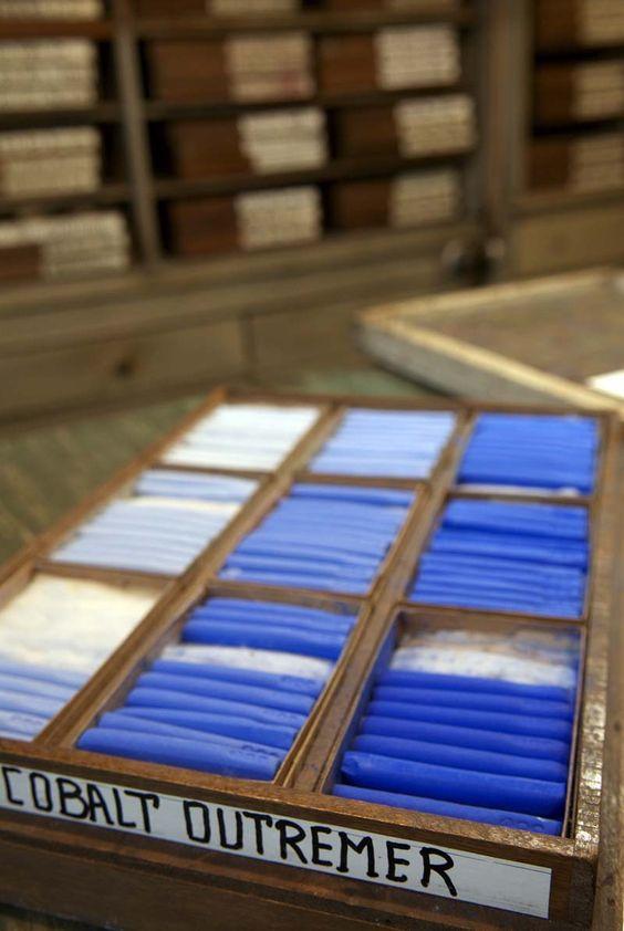http://www.lamaisondupastel.com/product.php I pastelli di Degas.