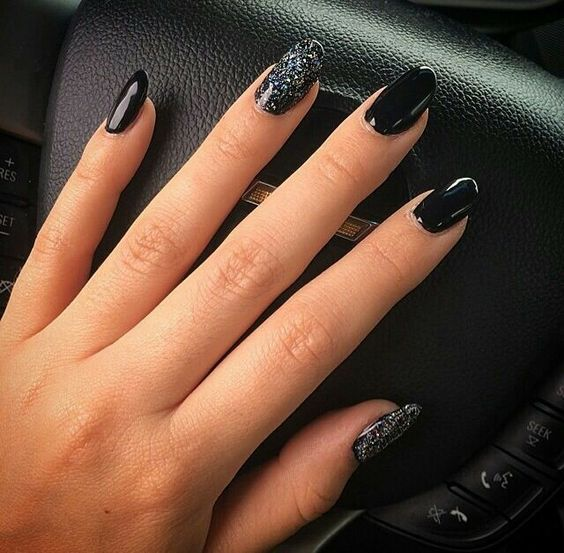 67 Short And Long Almond Shape Acrylic Nail Designs Awimina Blog Black Nails With Glitter Almond Gel Nails Black Nails