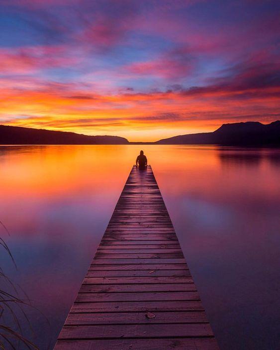 804 оÑ'меÑ'ок «НравиÑ'ся», 18 комменÑ'аÑ€иев — Sunset (@sunset) в Instagram: Â«How could you not stop to enjoy a sunset like this // : @adventuringkiwi»