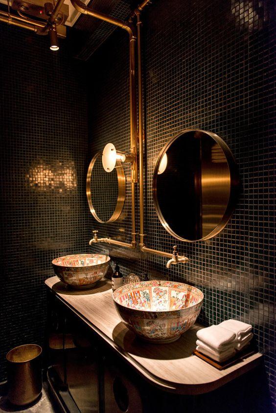 Bibo-Restaurant-HK vintage washroom - brass, semi reflective tiles and warm lighting
