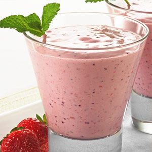 Healthy Strawberry-Banana-Flax Seed Smoothie by realage.com: Soft tofu lends silky texture and satisfying protein to this flavorful smoothie. Flax seeds contribute fiber and a dash of omega-3 fatty acids. You can buy ground flax seeds, or pick up whole seeds and grind them in a coffee spice grinder. (Calories: 159; Fat: 4.7g (0g sat fat); Protein: 7.7g; Carb: 25g; Fiber: 5.4g; Chol: 0mg; Sodium: 10mg; Calcium: 122mg) #Smoothie #Healthy #Strawberry #Banana #Flaxseed #realage