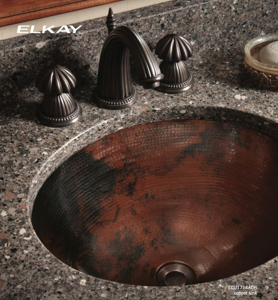 Elkay, lo mejor en creatividad e innovación , con texturas diferentes; en grises, negros que combinan con cualquier material, encuentra toda su variedad en D'KORA.