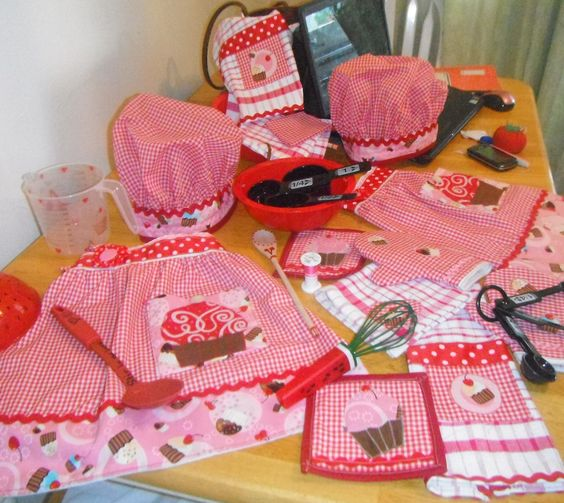 Crochet Baby Chef Hat Pattern Free : apron, chef hat, bake set for 2 little girls to play ...