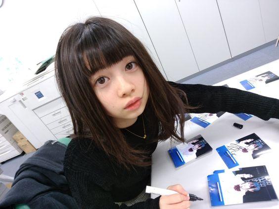 ぱっつん前髪の桜田ひより