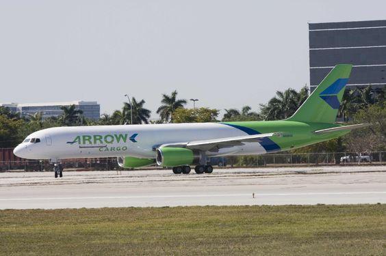 Arrow Boeing B757 200F