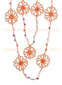 Cómo tejer un collar con flores y abalorios a crochet (necklace)
