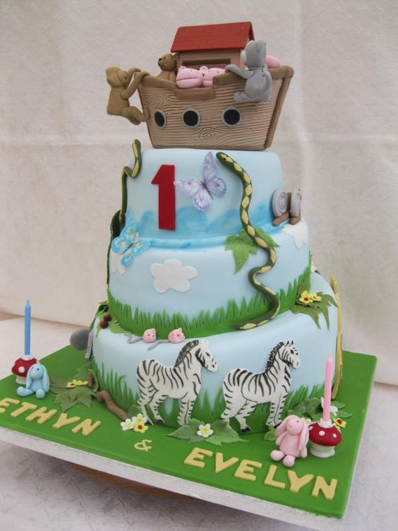Noahs Ark Christening Cake - Cake by Lou Wood: