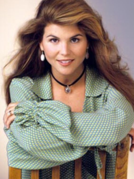 """Lori Loughlin as Aunt Becky from """"Full House"""""""