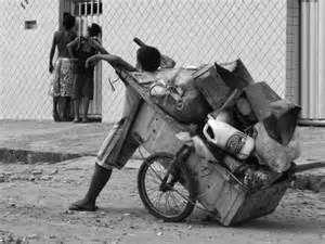 Resultado de imagem para crianças abandonadas nas ruas das grandes cidades