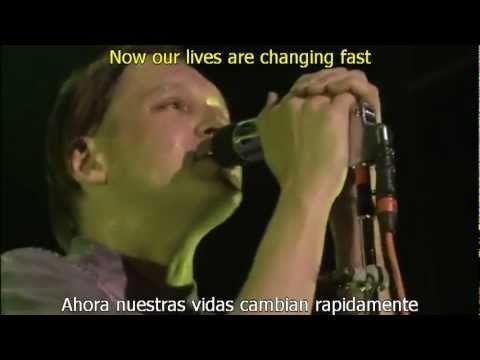 Arcade Fire We Used To Wait Subtitulada Ingles Espanol Youtube Arcade Fire Arcade Music Songs