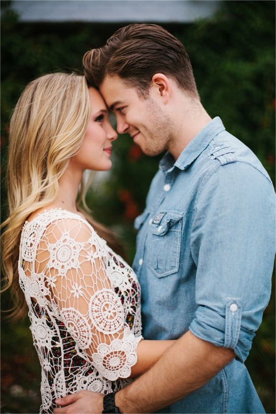 A colorful, urban, romantic, ethereal engagement sesison in Deep Ellum and White Rock Lake _ Images by North Texas Wedding Photographer Rachel Meagan Photography _ 19: