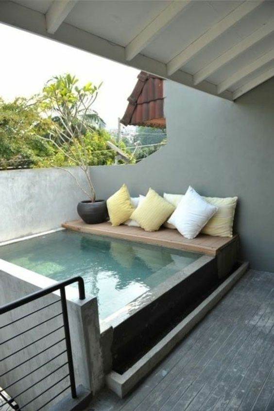 La petite piscine hors sol en 88 photos beautiful for Petite piscine design