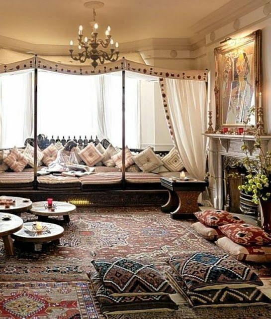 Le Plus Beau Decor De Salon Marocain Pour Cette Annee Moroccan Living Room Bohemian Living Room Decor Bedroom Design