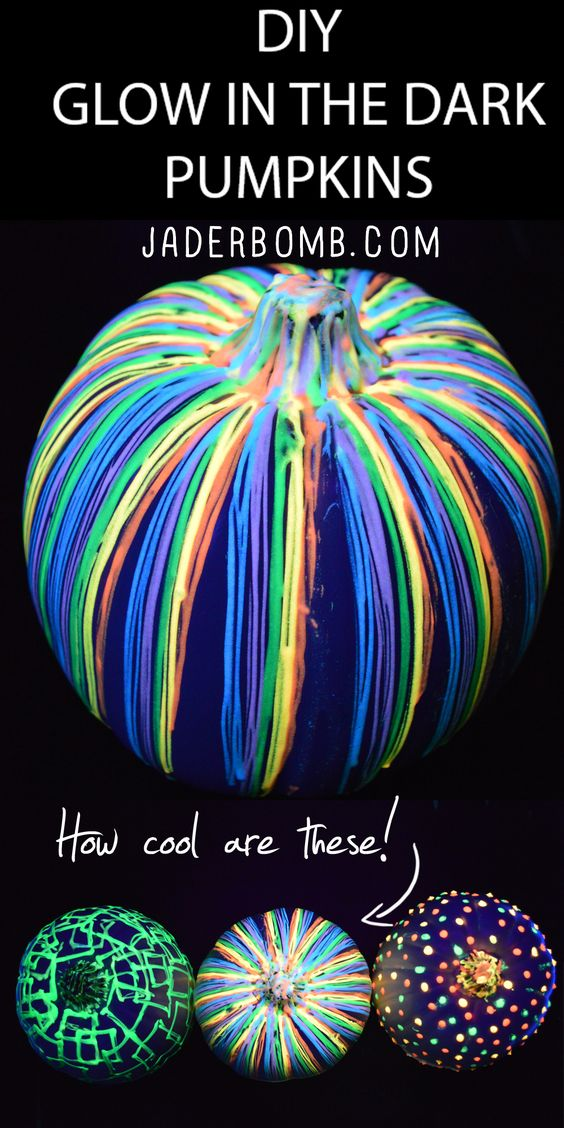 DIY Glow in the Dark Pumpkins via jaderbomb.com