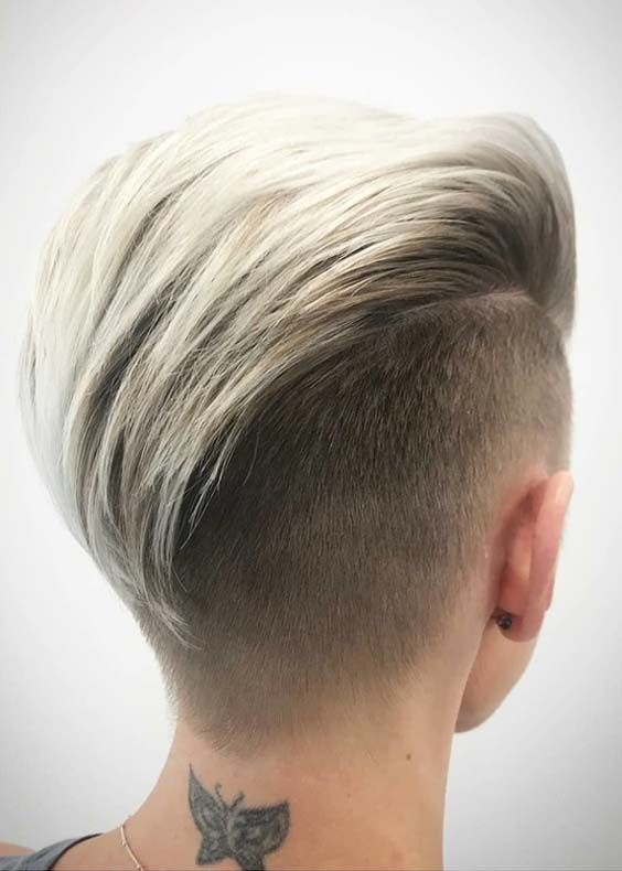 The Gorgeous Slicked Back Undercut Short Hairstyles Are Most Popular And Stylish Ideas Among The Short Hair Women In These Days As We Know The Sh Frisure Blond