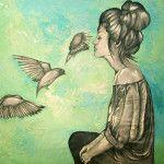 Si pudiera ser un animal, sería un pájaro. Vagaría libre por el mundo, extendería mis alas, sería capaz de volar, visitaría tantos lugares como me fueran posibles, me transformaría con cada viaje, encontraría siempre una forma de escapar…Entre acuarelas y tinta, pinceladas de color y texturas de plumaje se esconde Tita López, una artista quien …
