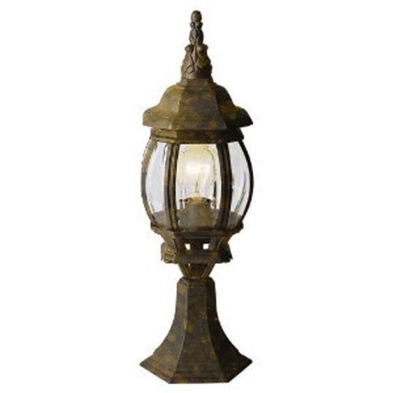 Cambridge Gold Finish Outdoor Post Head With A Beveled Shade
