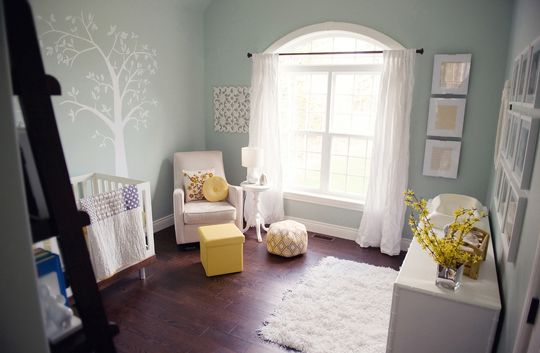 Decoration Inspiration: A Peaceful, Soothing Nursery | Nursery, Babies and  White nursery