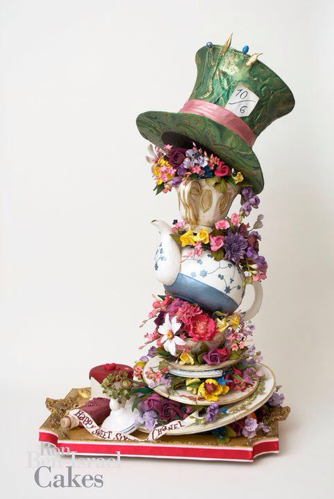 Ron Israel - Alice in Wonderland cake: