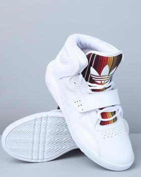 Frais Nike Et Adidas Chaussures