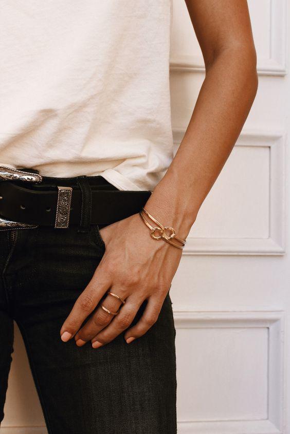 Golden clasping bracelets!