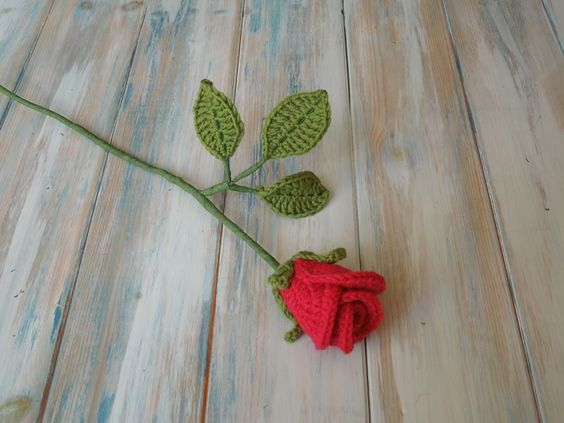 How to Crochet Realistic Roses (Video)                                                                                                                                                                                 More: