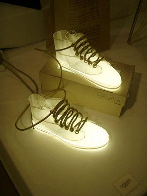 Shoe lamp! sweet..