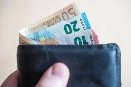 Hartz 4 Kindergeld Mindestlohn Mehr Wo Sie 2021 Mehr Geld Bekommen Rente Mit 63 Kindergeld Statistisches Bundesamt