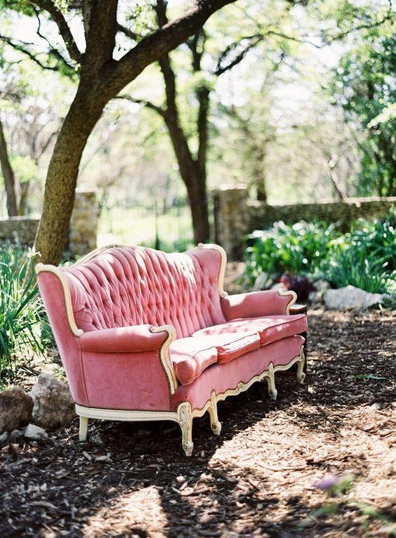 vintage pink velvet sofa:
