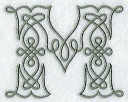 Resultado de imagen para Celtic Knotwork letter